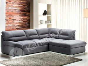 """Ne felejtsük el átgondolni, hogy a kanapét és a környékét hogyan tudjuk tisztítani, hogyan férünk például az ablakhoz, milyen messze van a kandallótól stb.. A szín és formavilág (U vagy L alak) természetesen egyénfüggő, de itt is érdemes törekedni a megfelelő összhatásra, hiszen egy kanapé általában a nappali """"ura"""", az ízlés egyik fokmérője."""